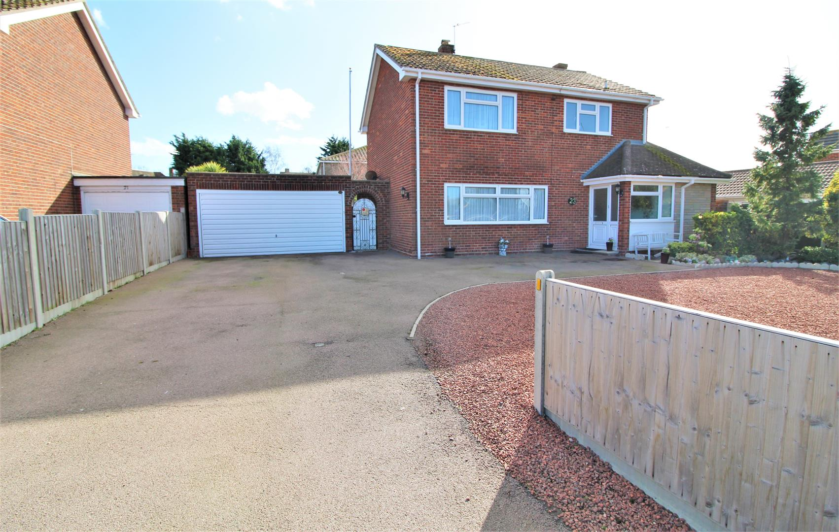 Kirby Road, Walton On The Naze, Essex, CO14 8QT